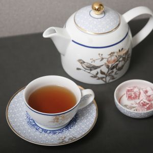 Kunooz Porcelain Teacup and Saucer